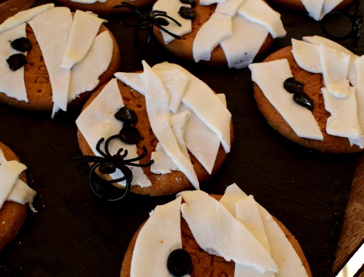 Μπισκότα μούμια για το Halloween